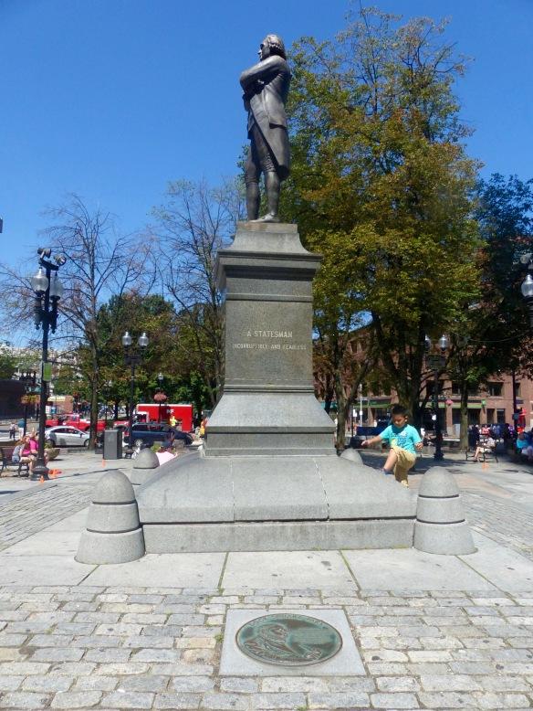 sam-adams-statue