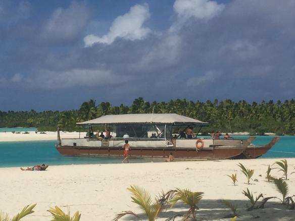 vaka-tour-boat-1